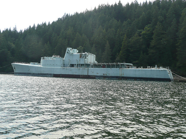 To sink or not to sink: HMCS Annapolis may yet find a new home in Halkett Bay,Howe Sound